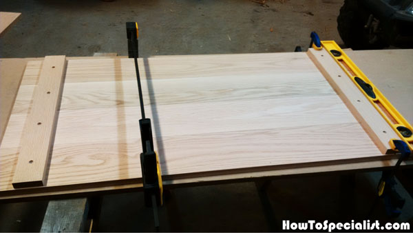 Installing-the-battens-to-the-tabletop