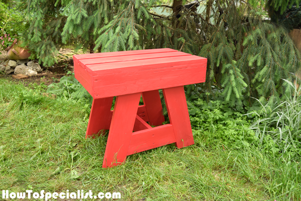 How-to-build-an-outdoor-side-table