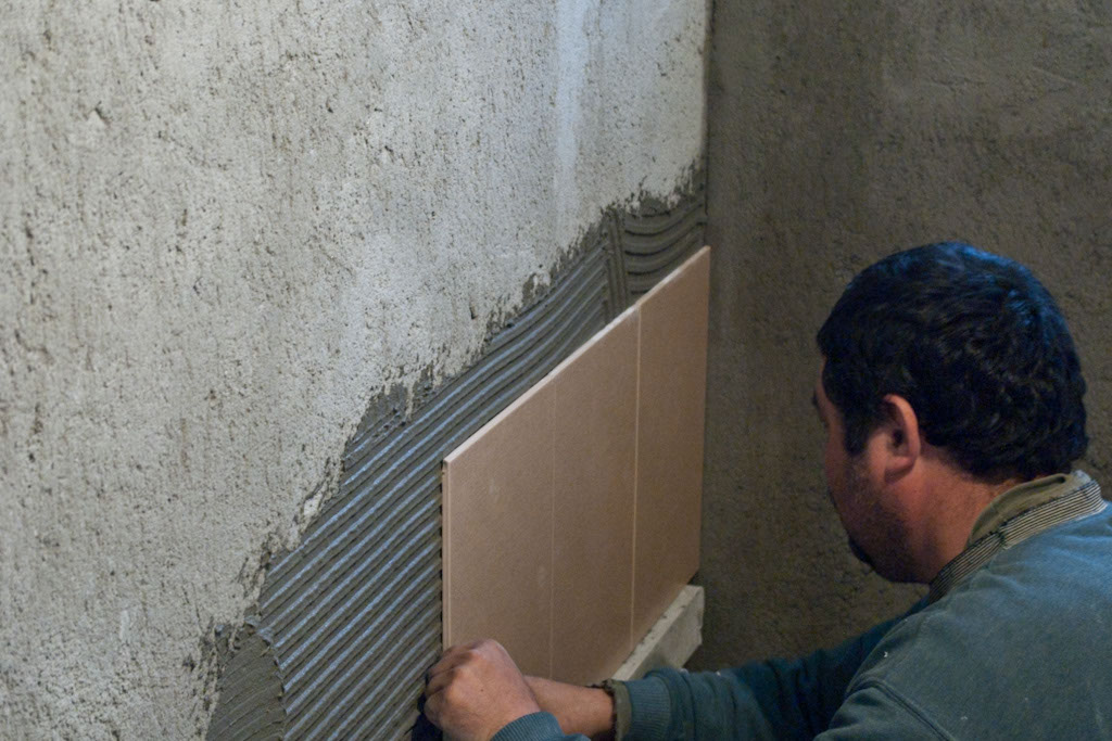 How To Install Wall Tile In Bathroom