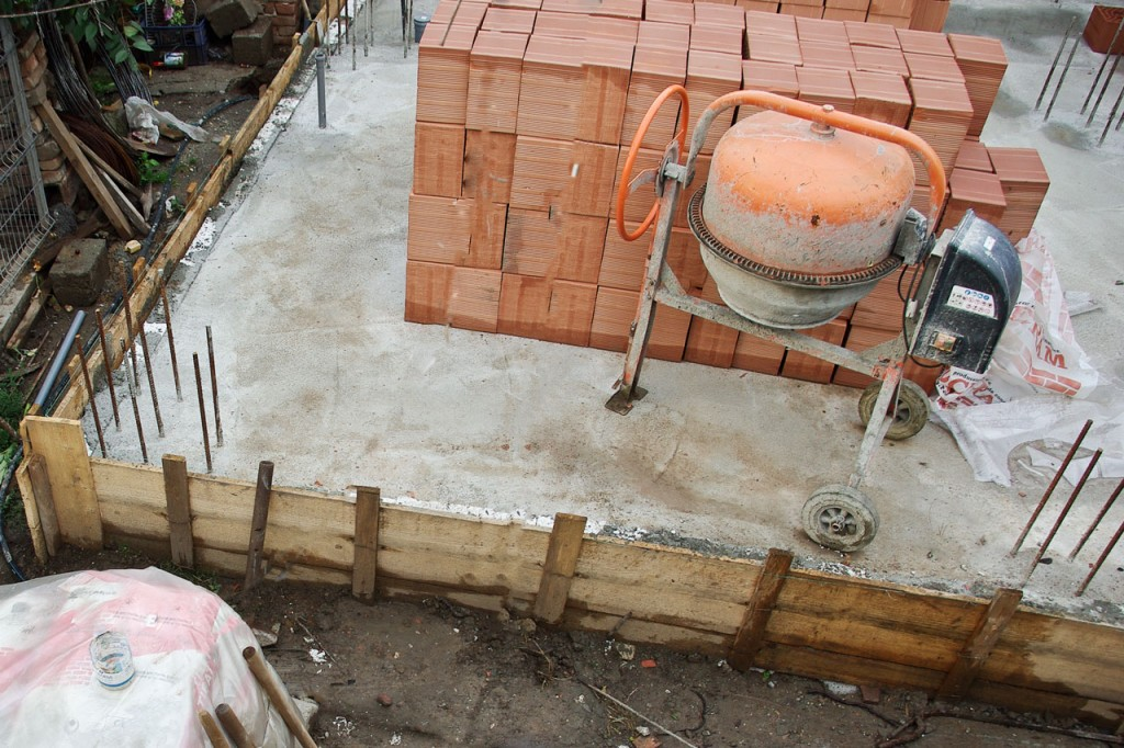 Brick House Construction Howtospecialist How To Build Step By Step Diy Plans